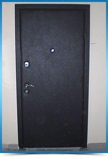 поменять замок во входной двери